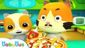 Baby Kitten's Special Pizza